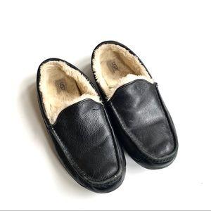 Ugg  men black fur lined  ASCOT slipper size 12